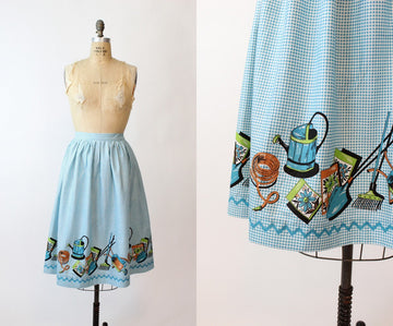 1950s novelty gardening print skirt small | vintage cotton full skirt