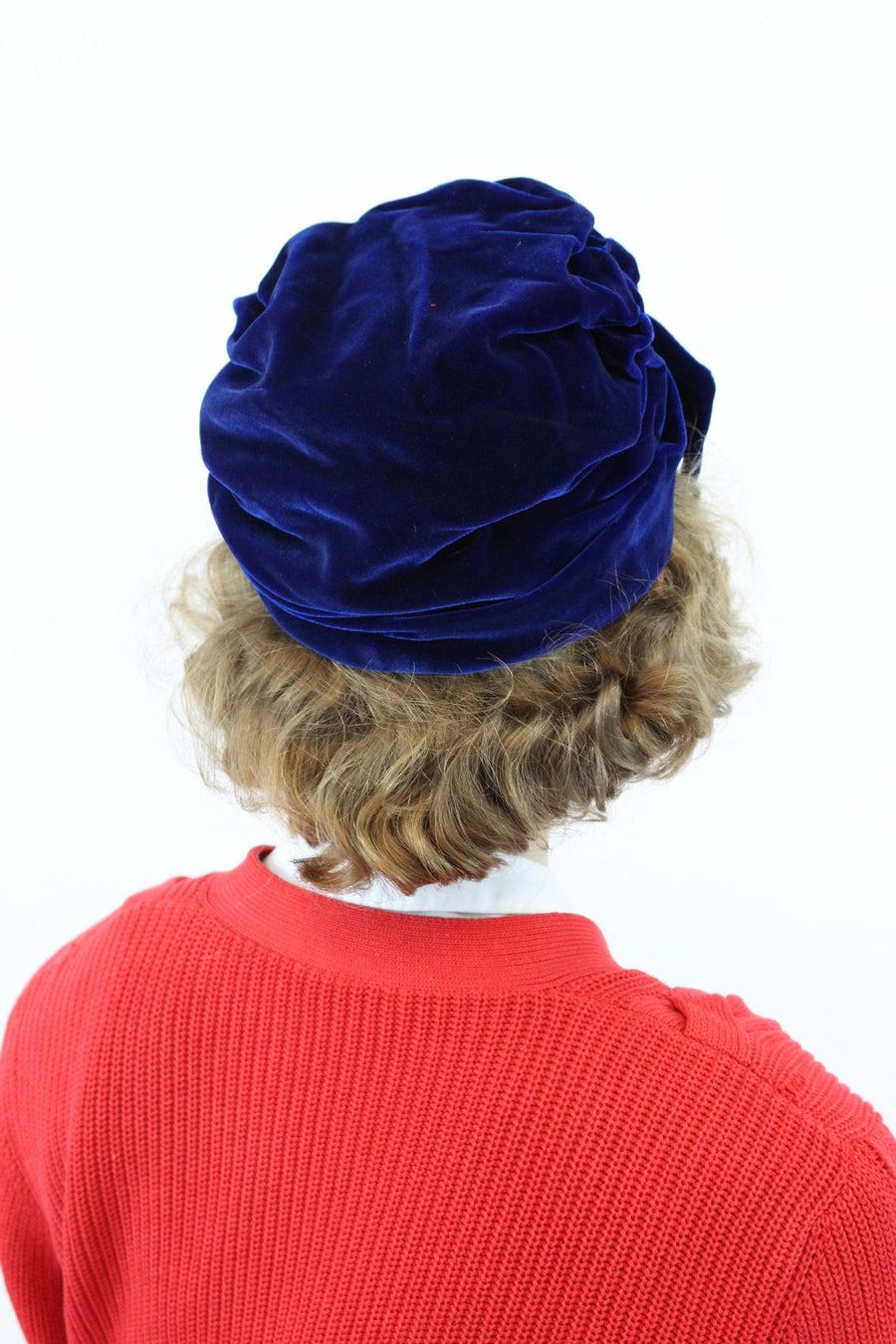 1960s does 1920s turban | velvet hat | cloche