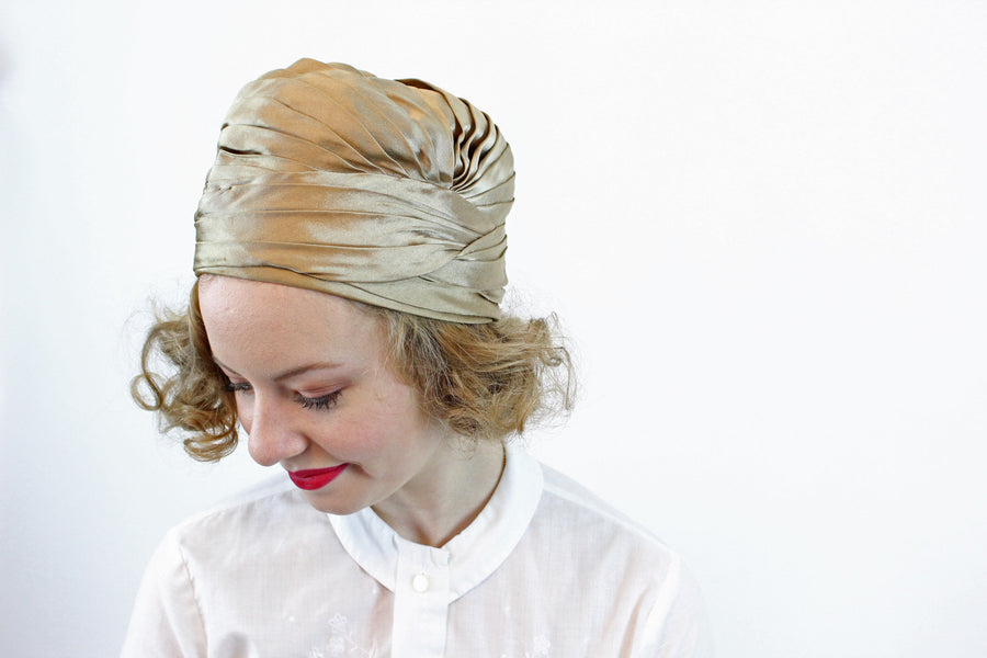 1940s turban hat | gold silk | cloche