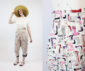 1950s sock and stockings print pants | vintage novelty print cotton pedal pushers