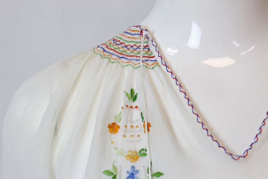 1930s Hungarian embroidered blouse xs | vintage peasant top