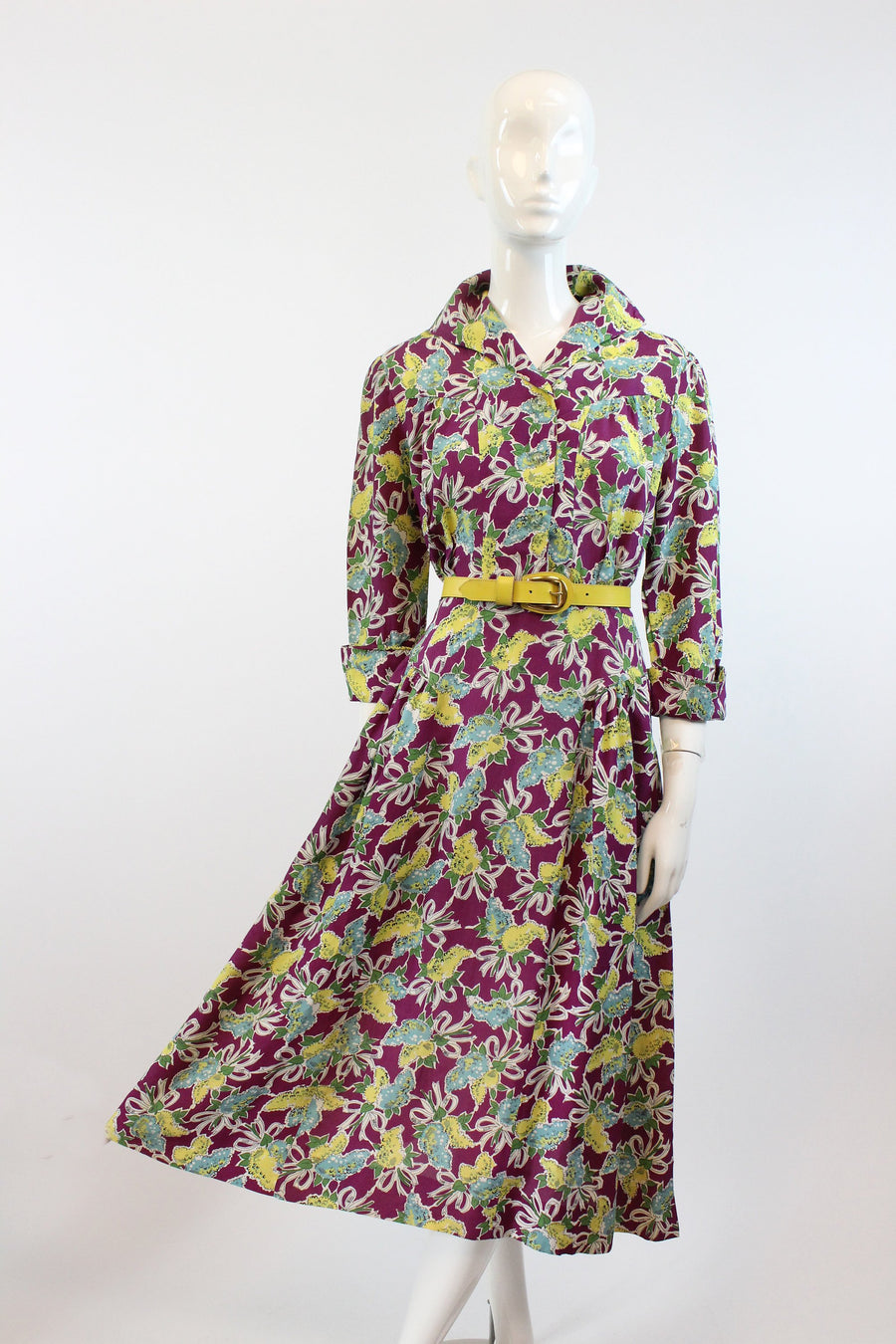 1940s novelty print cold rayon dress small | vintage floral dress