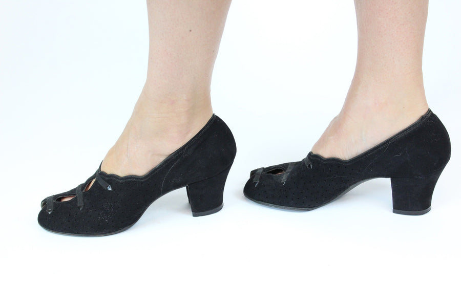 1930s Enna Jettick suede shoes | peeptoe arrow pumps | size 5.5 6 us