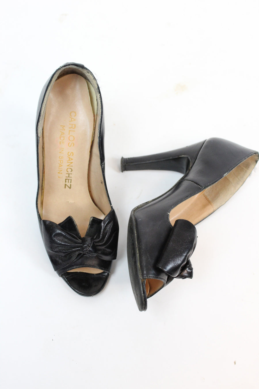 1970s vintage bow peep toes size 5 us | vintage leather pumps
