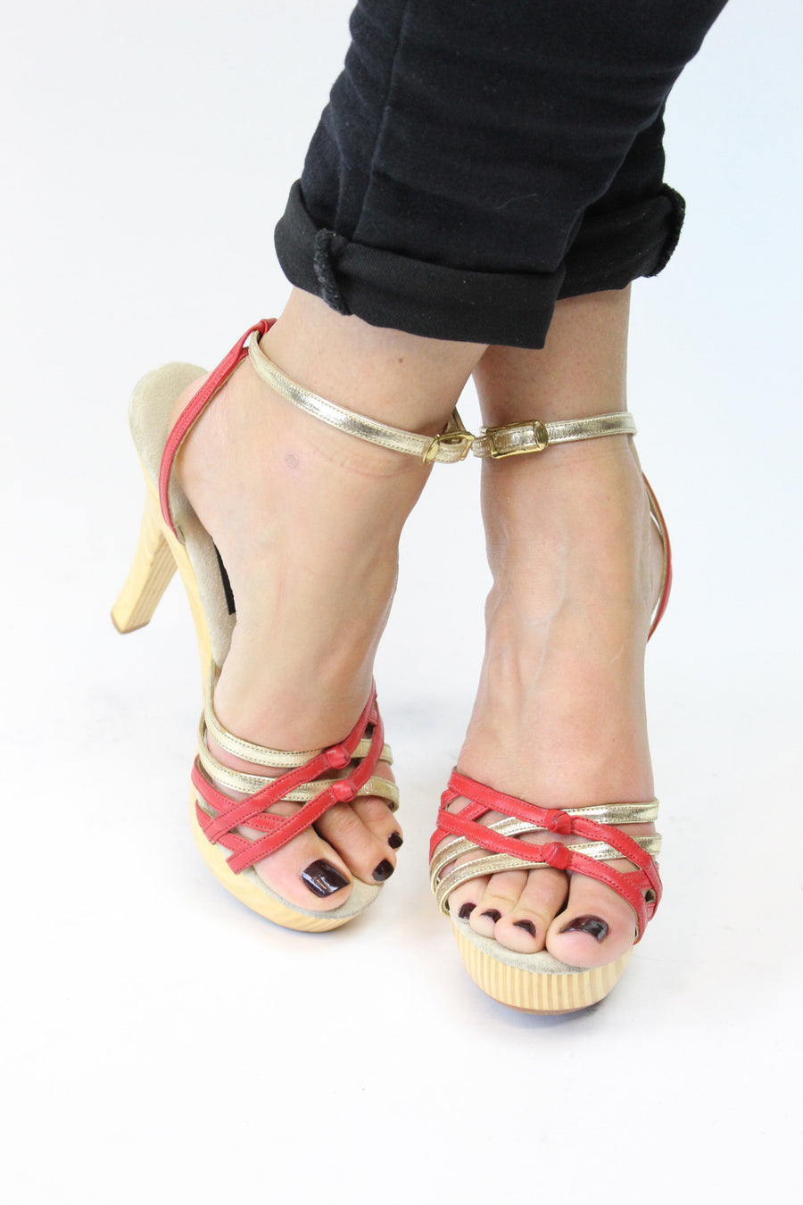 1970s wood platform heels | Naughty But Nice strappy sandals | size 6