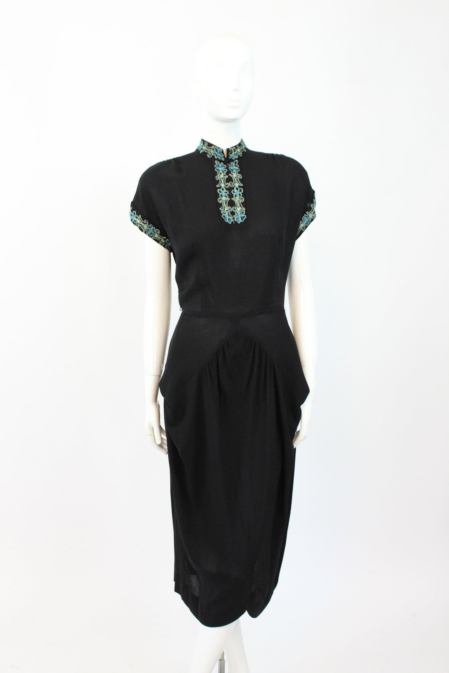 1940s rayon beaded dress | Asian inspired | medium