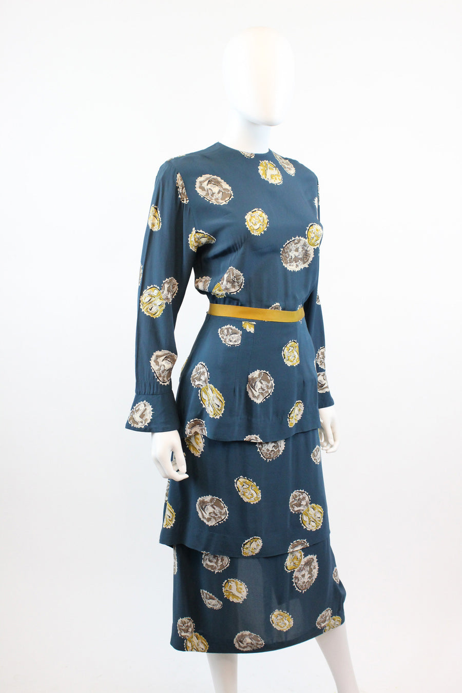 1940s rayon novelty print dress xs | vintage animal fantasy print peplum dress | new