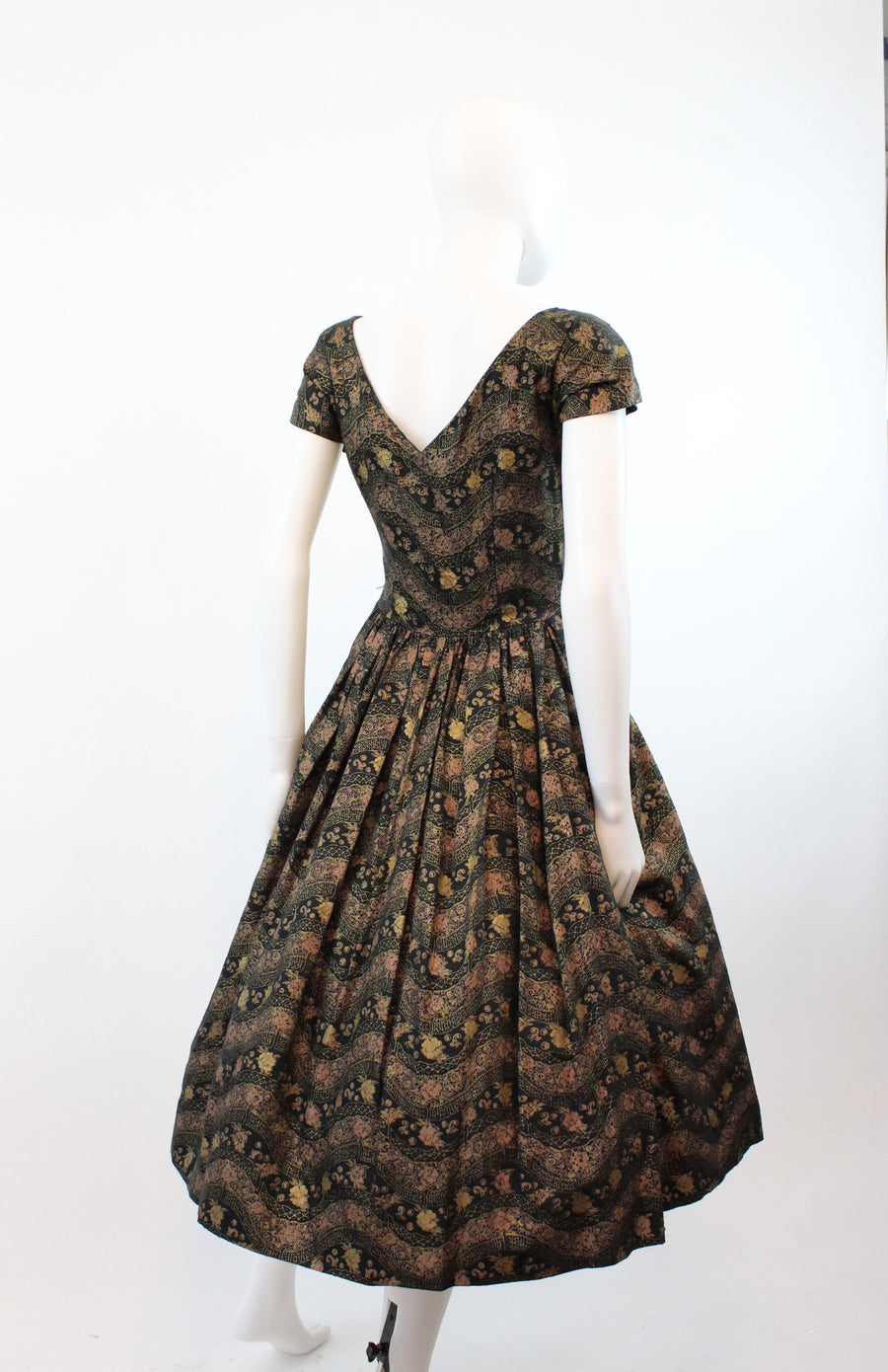 1950s Pat Hartley metallic floral dress | vintage full skirt asian dress | xs