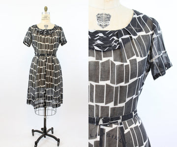 1950s cotton voille dress | novelty geometric print wiggle | XL - VOLUP jkc