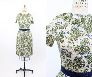 1950s rayon dress | nylon blend floral print | medium - large jkc
