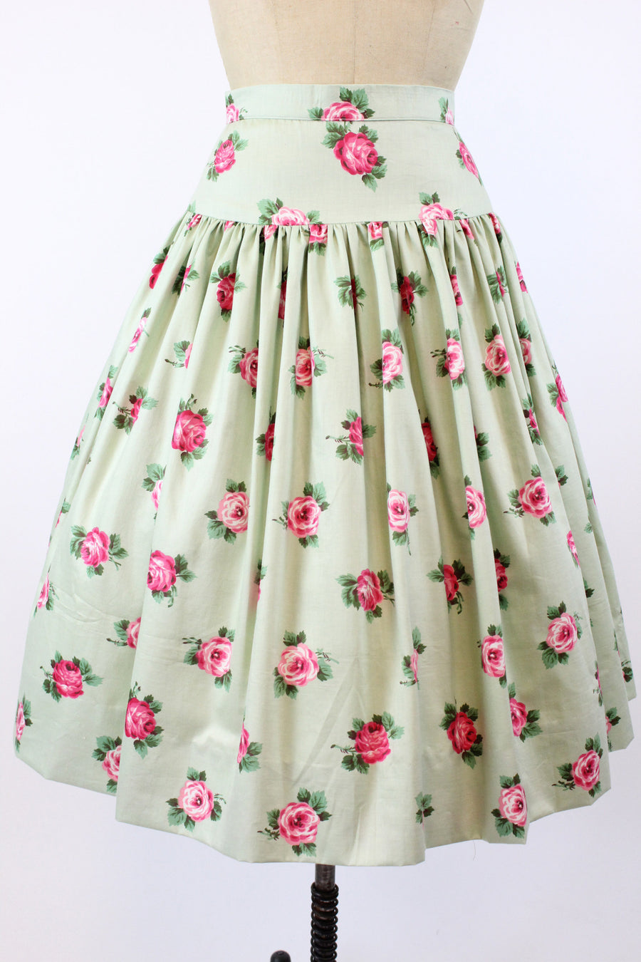 1950s rose print skirt xs | vintage pistachio chintz cotton skirt | new in