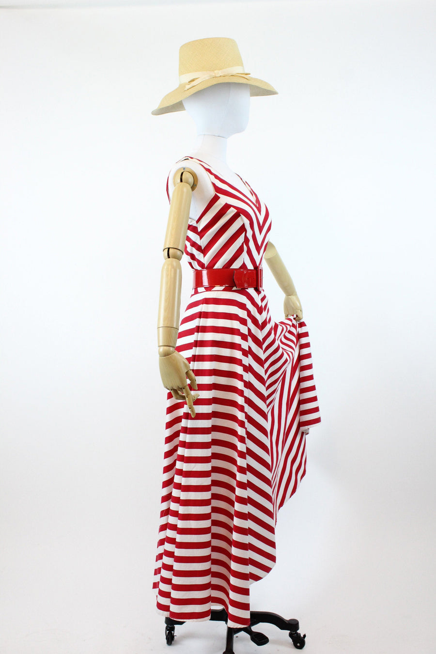 1980s does 1950s Karen Alexander chevron dress small | vintage cotton striped dress