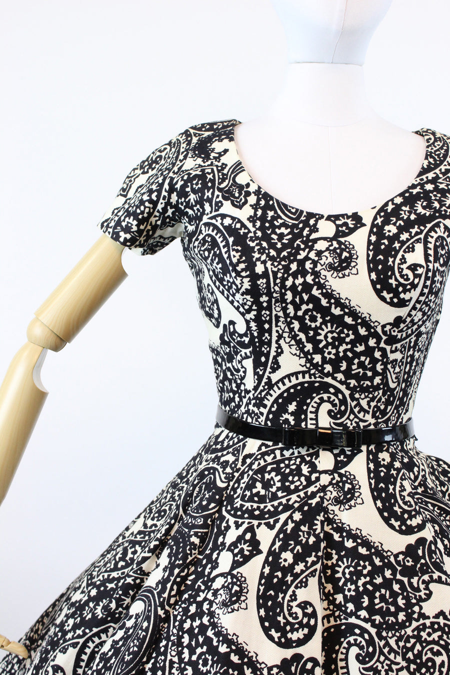1950s Suzy Perette paisley dress xs | vintage cotton pique dress