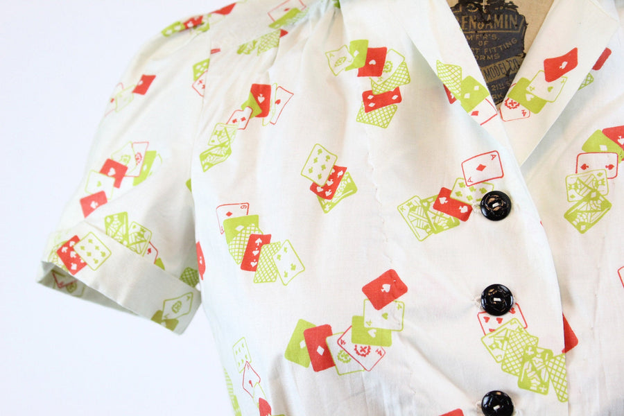 1940s cotton blouse novelty card print small | vintage button front top