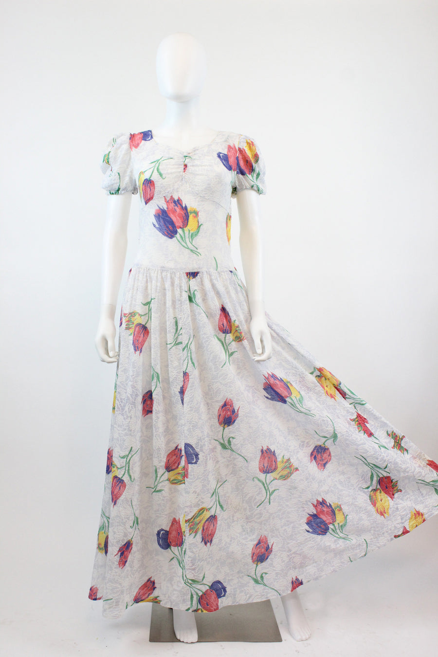 1930s tulip print dress small | vintage plisse cotton gown | new in