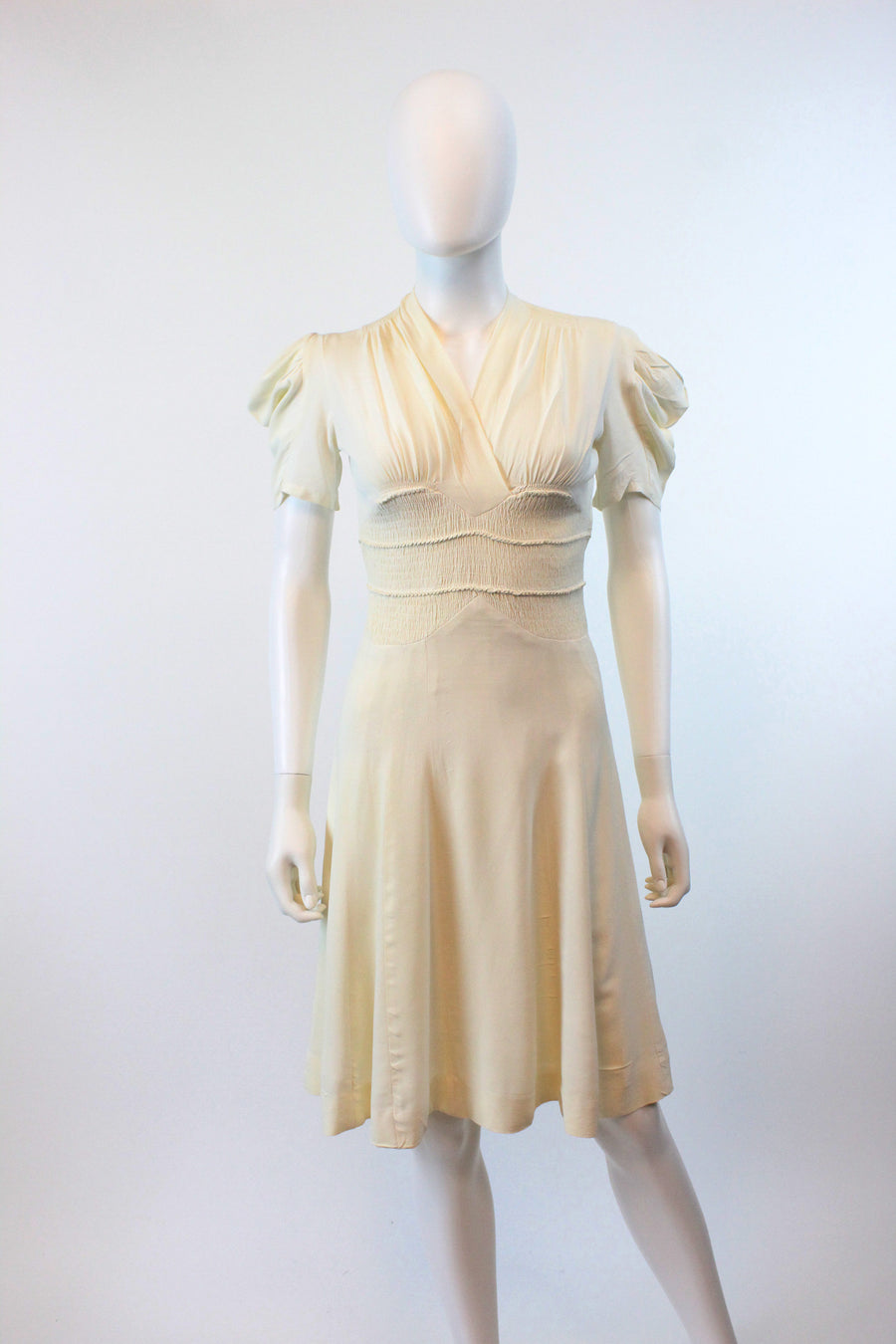 1930s ivory rayon smocked dress xxs | vintage puffed sleeves dress