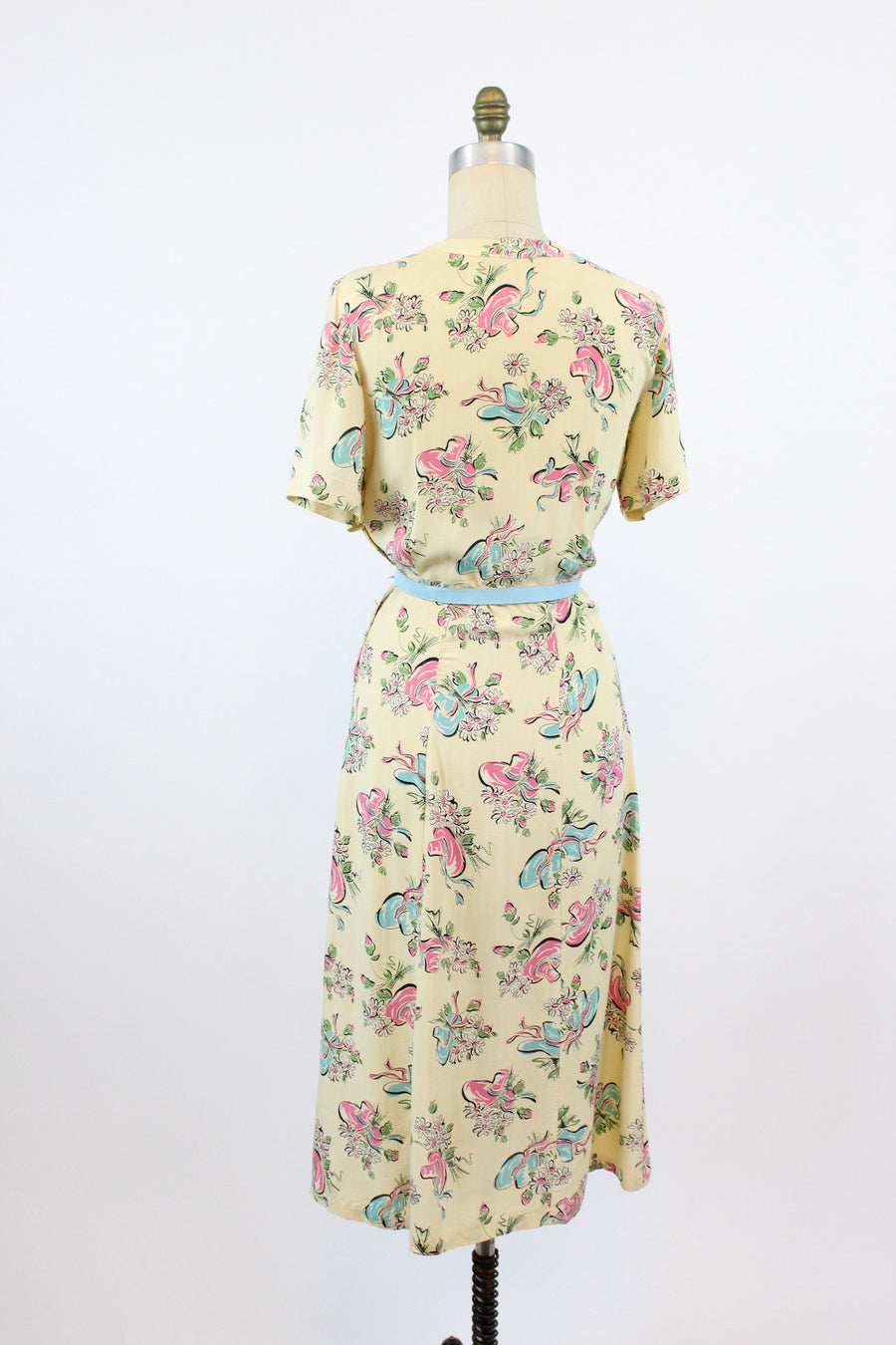 1940s hat print novelty print dress xs | vintage 40s dress