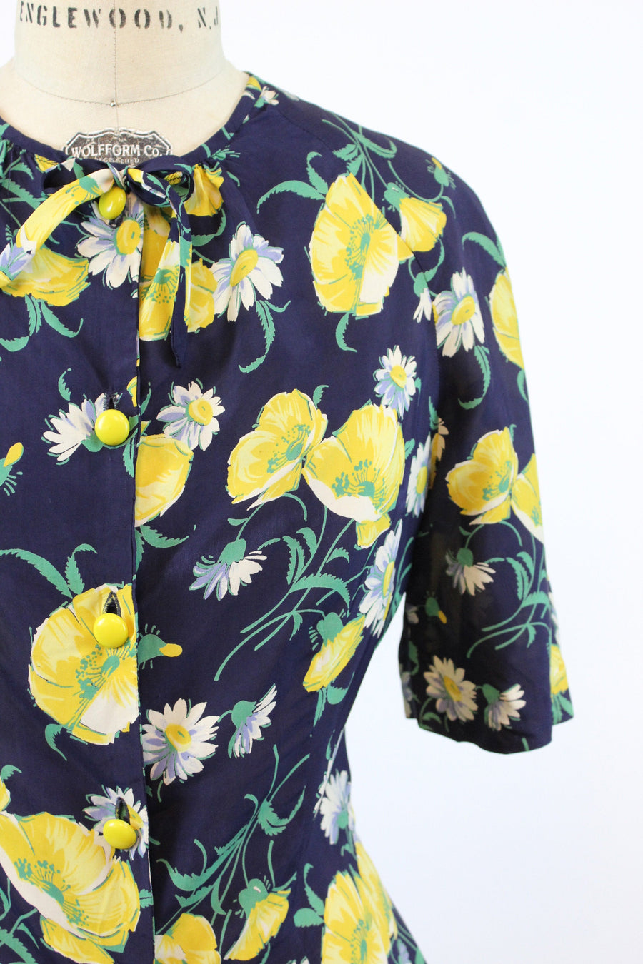 1940s rayon blouse small | vintage button up floral top