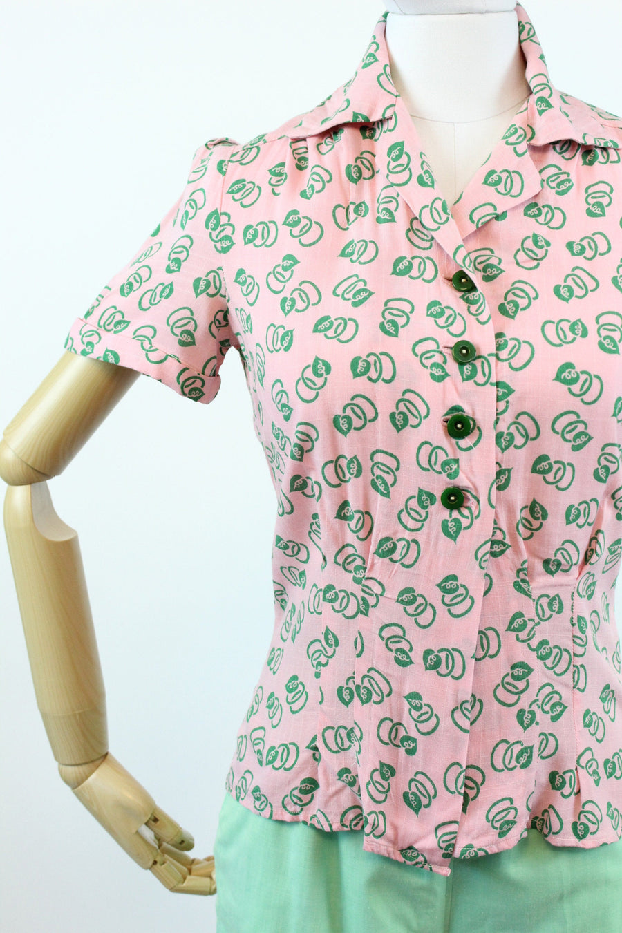 1940s blouse leaf print small medium | vintage leaf print top