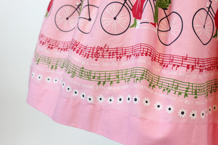 1950s bicycle built for two print skirt small | novelty music print skirt | new in