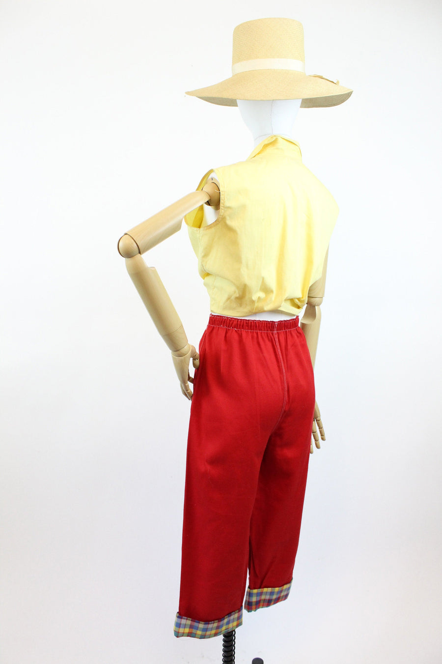 1950s NWT red denim pedal pusher pants medium | vintage cropped cuffed capris