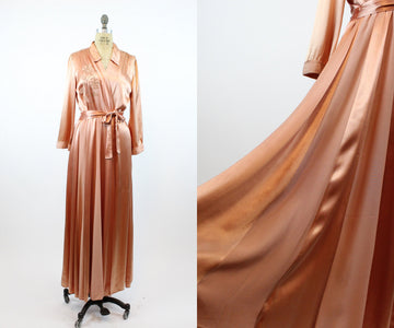 1940s APPLIQUE silk charmeuse ROBE dressing gown medium | new spring