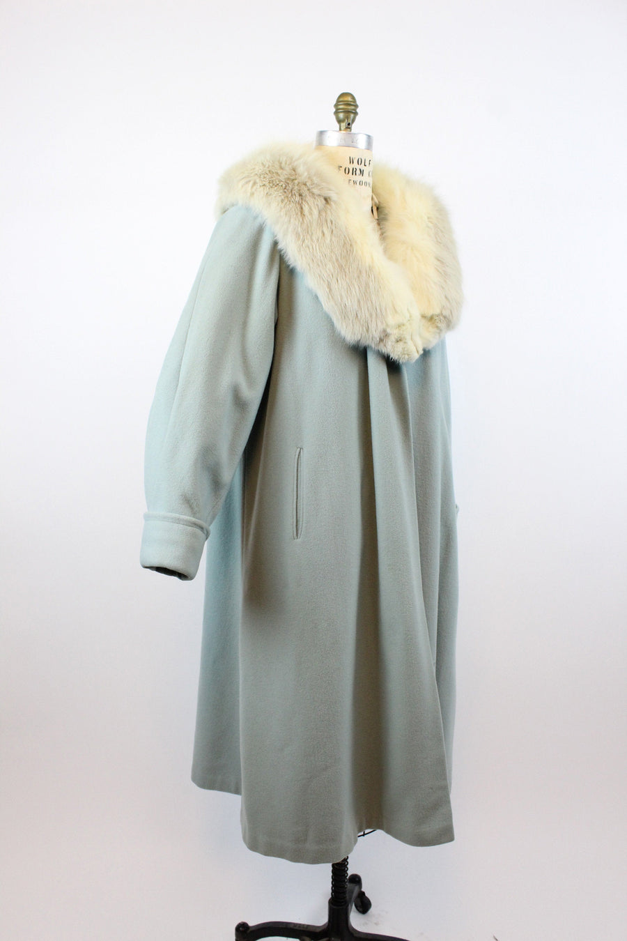 1950s baby blue fox collar coat large volup | vintage balloon sleeves coat | new in