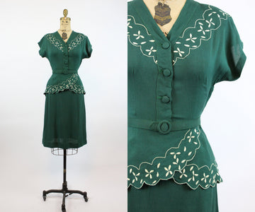 1940s embroidered linen dress xxs |  vintage peplum dress | new in