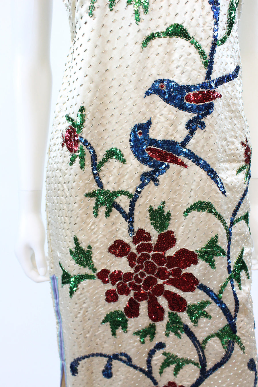 1940s silk bird sequin embroidered cheongsam small | vintage asian dress | new in