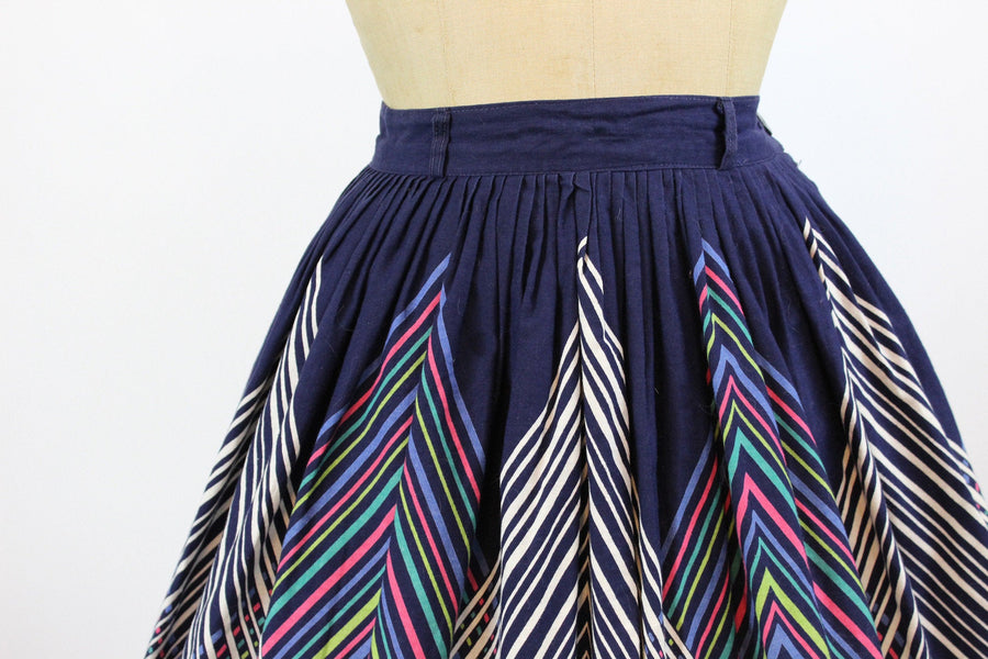 1950s spirograph skirt xs | vintage novelty stripes skirt | new in