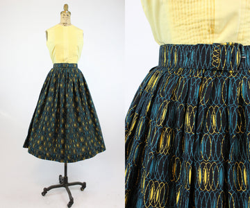 1950s op art circle skirt small | vintage novelty print skirt | new in