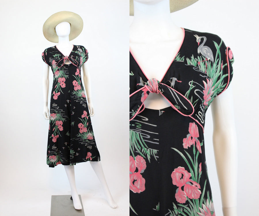 1980s does 1940s cut out dress small | vintage rayon novelty print crane dress | new in