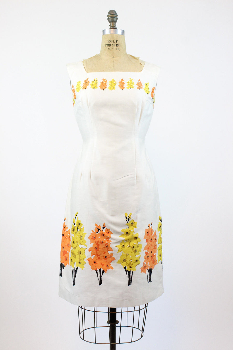1950s gladiolus border print dress | vintage floral wiggle dress | new in