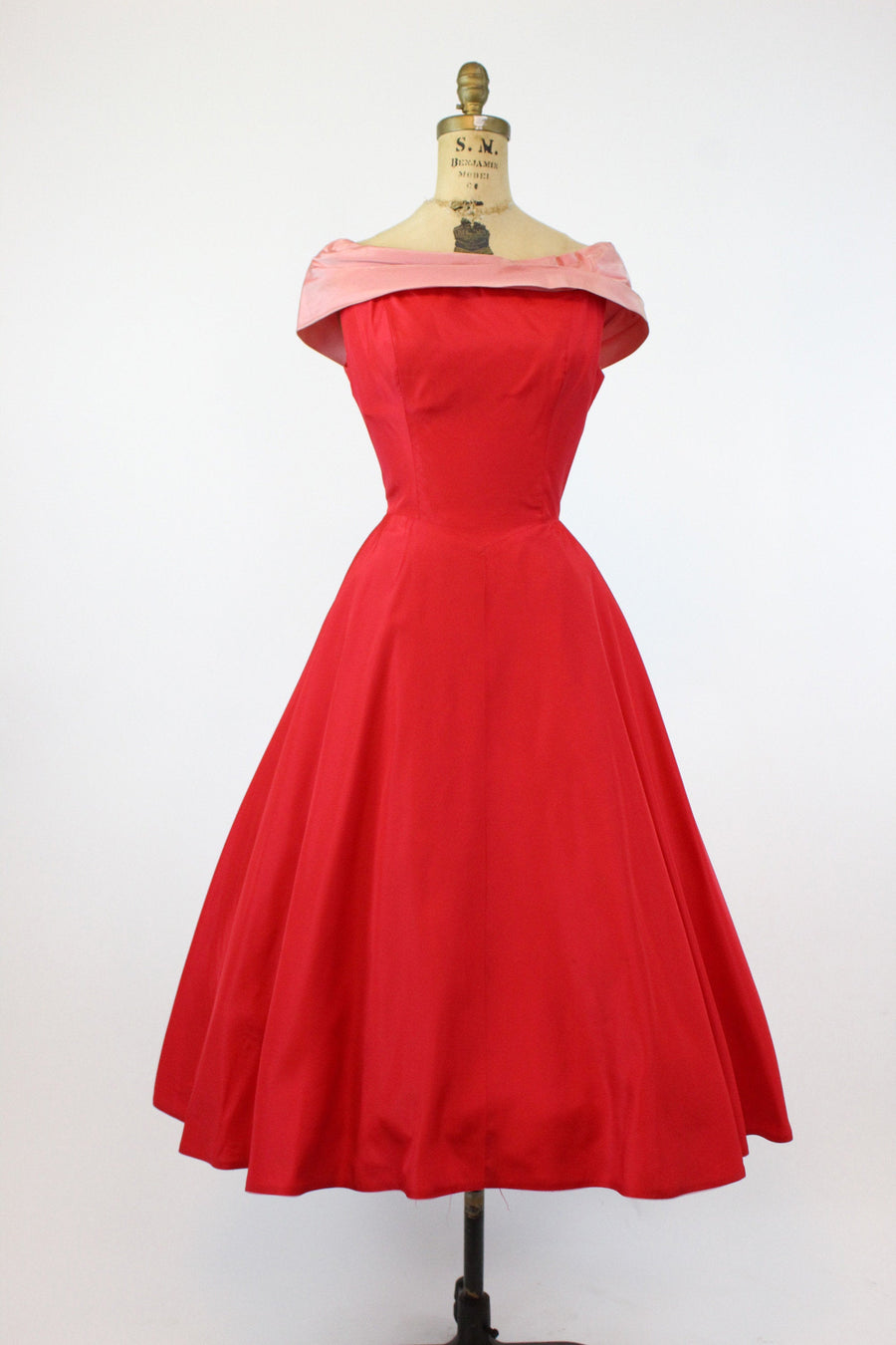 1950s Harry Keiser taffeta bow back full skirt dress small |  vintage party dress | new in PC