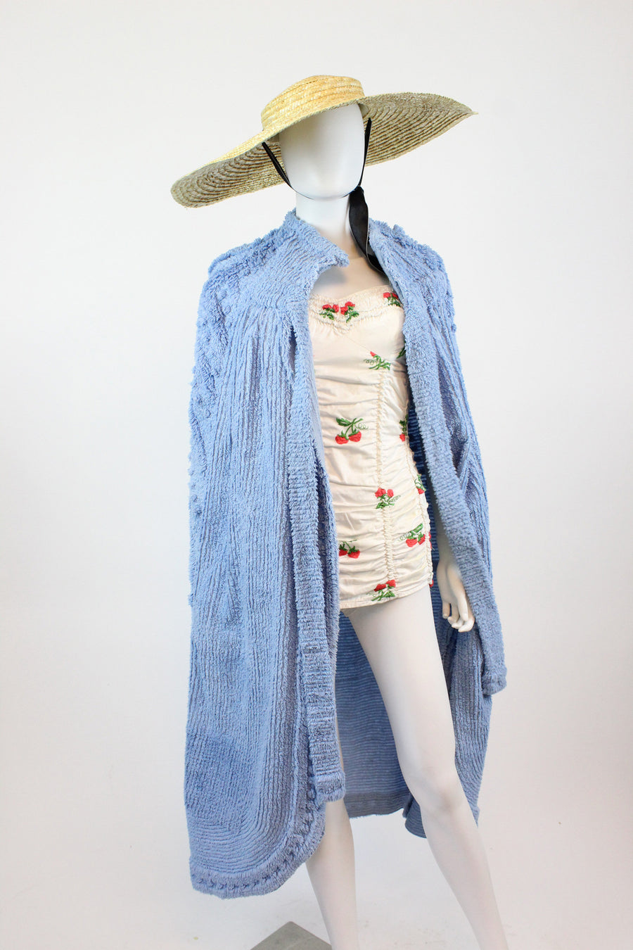 RARE 1930s 1940s chenille beach cape  |  vintage beach jacket | new in