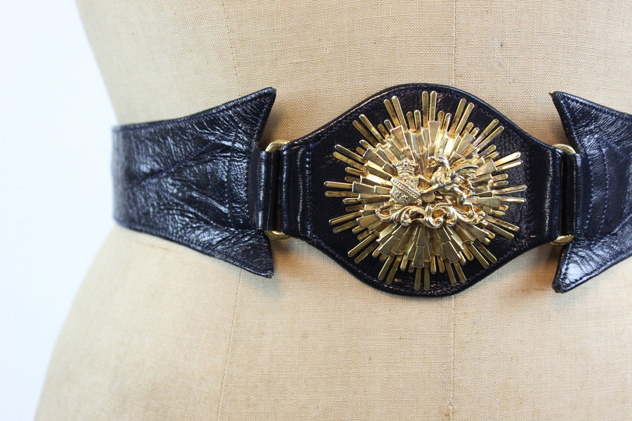 1950s wide lion medallion belt xs small | vintage leather belt | new in