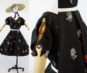 1950s rooster print novelty dress small | vintage peek a boo shoulders | new in