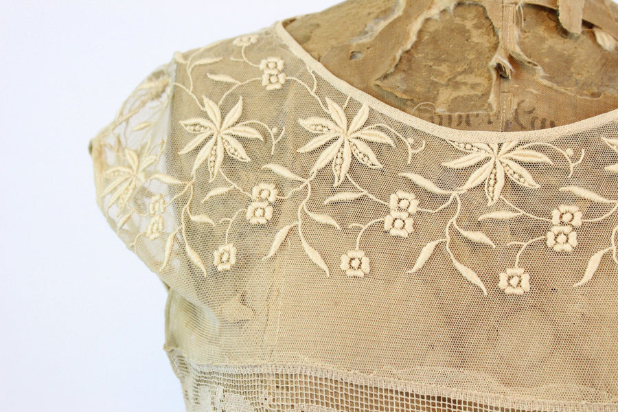 1920s embroidered lace ruffle dress small | new fall