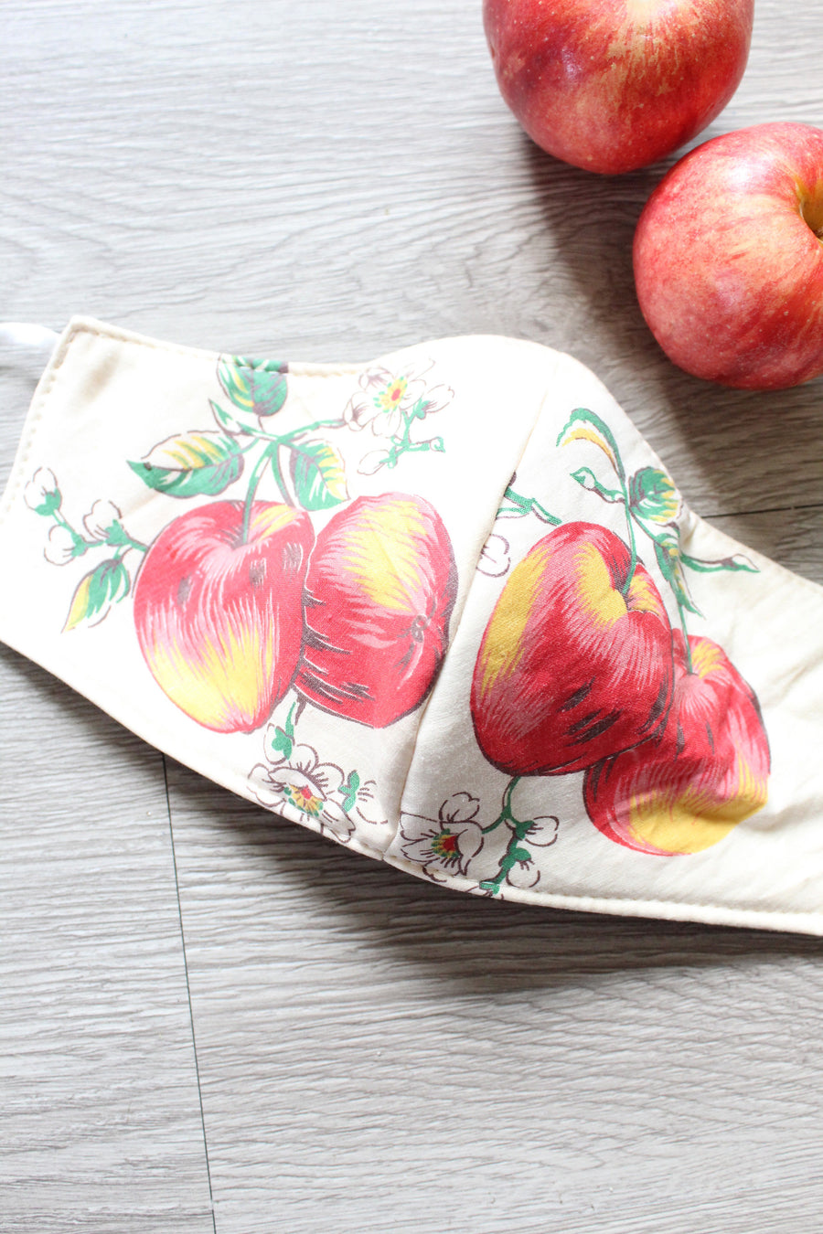 1950s fabric mask apple print novelty reversible cotton
