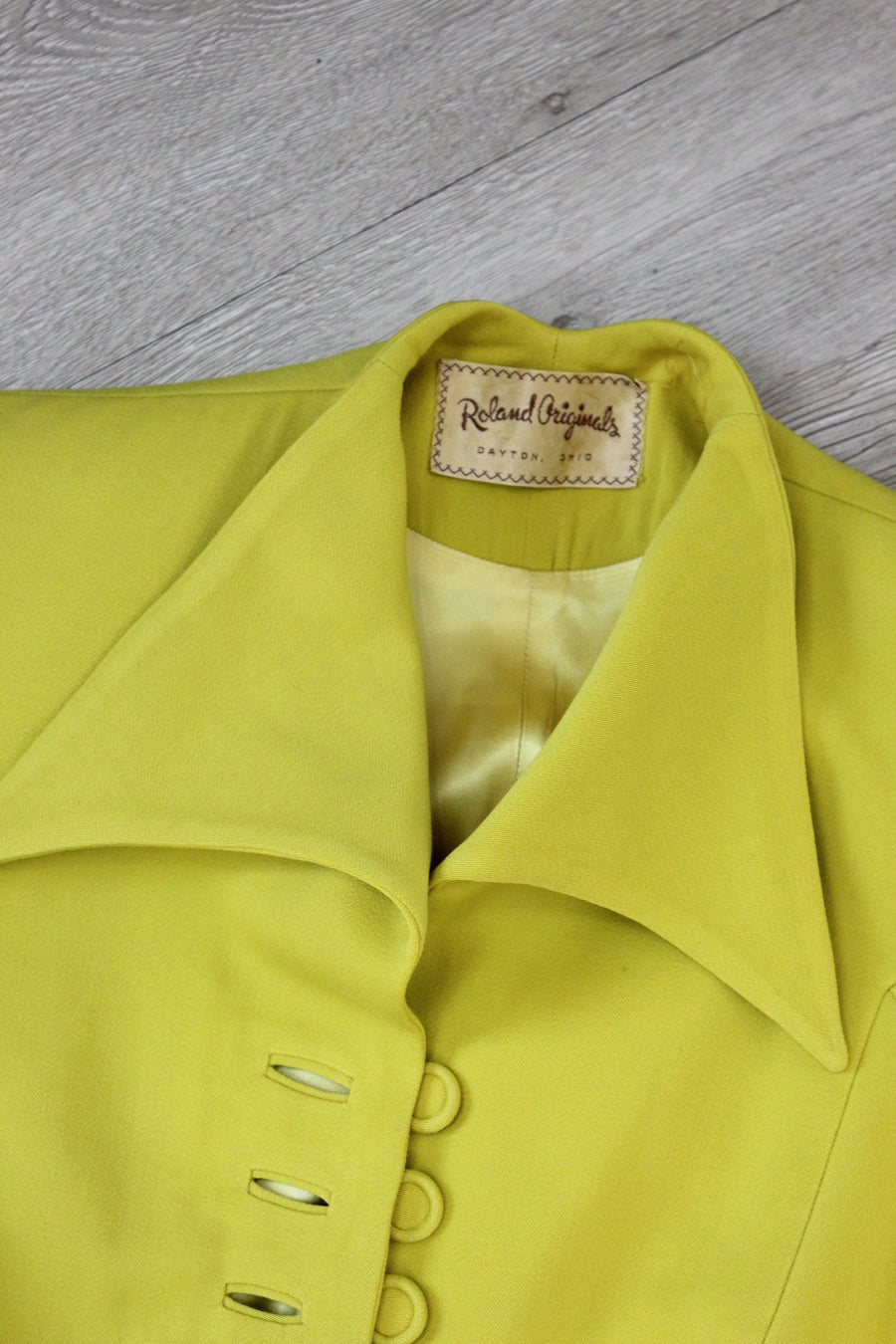 1940s CHARTREUSE jacket xs HUGE SLEEVES | new fall