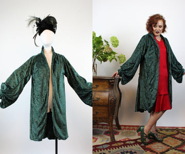 1970s does 1930s velvet HUGE SLEEVES coat small medium | new fall
