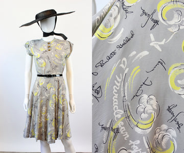 1940s RARE HOLLYWOOD signatures movie novelty print dress xs | new spring OC