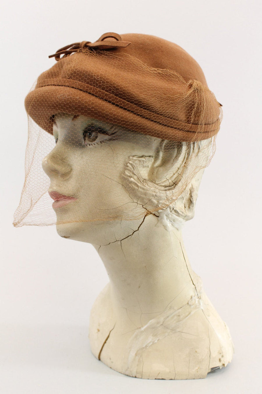 1940s wool hat | fascinator tilt | veil netting