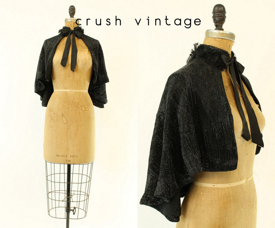 1800s victorian cape | small | vintage antique capelet