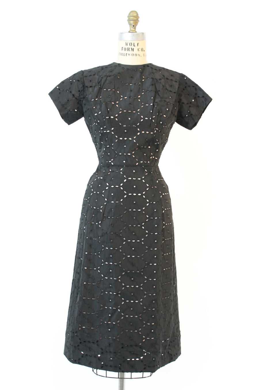 1950s eyelet dress | vintage wiggle dress back bow and bustle | small