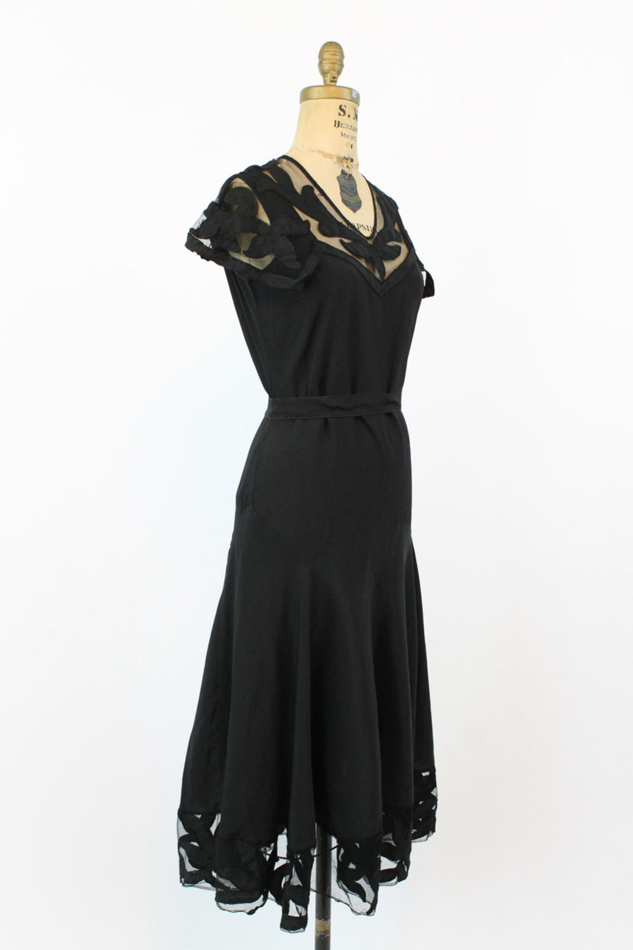 20s Dress Capelet Small / 1920s Vintage Mesh Appliqued Black Dress /  Botanical Gardens Dress
