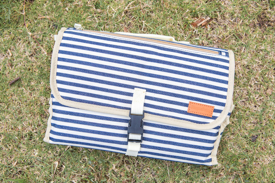 Simple Being Portable Changing Mat (Navy Blue)