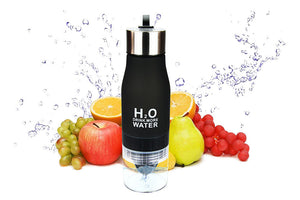 Water bottle with fruit infuser 650ml. Seven Different Colors, Worldwide Shipping.