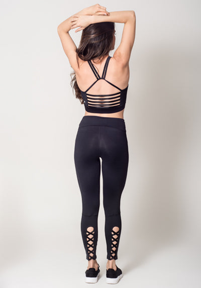 RUN THE WORLD LEGGING