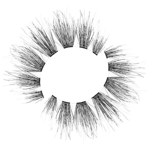 Natural, wispy eyelash with an invisible band
